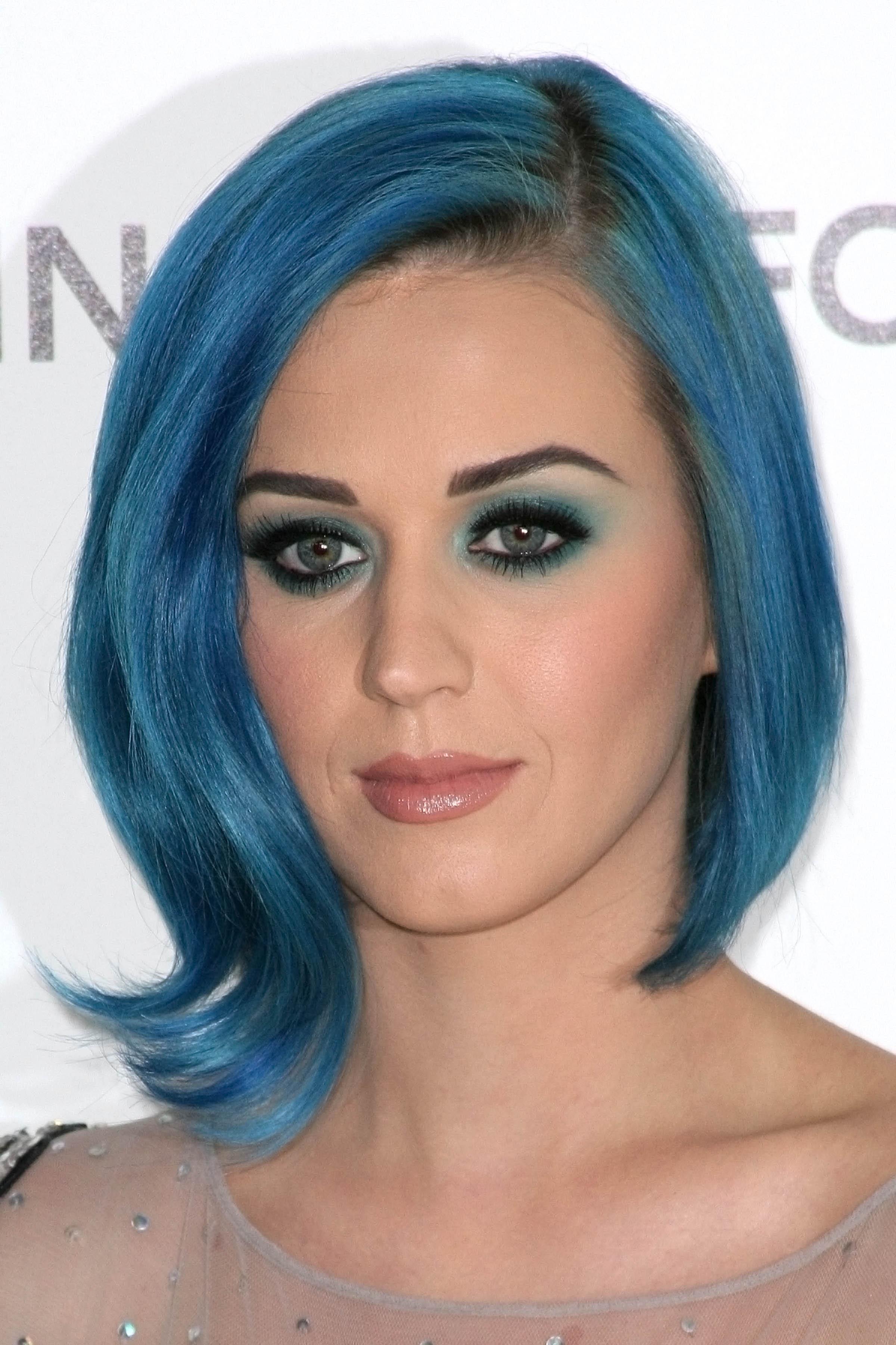 Tonalità fiordaliso per Katy Perry Photo Shutterstock